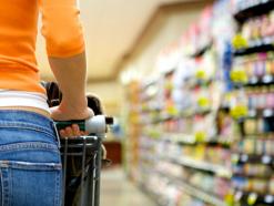 Intenção de consumo das famílias aumenta 1,4% em outubro