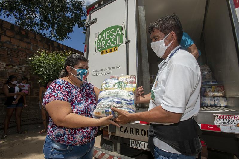 Campanha dos 20 anos do Mesa Brasil Sesc comemora arrecadações e doações