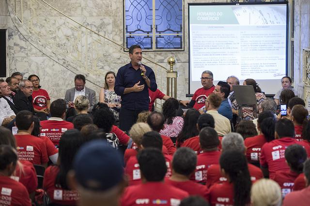 Audiência pública discute Horário de Funcionamento do Comércio