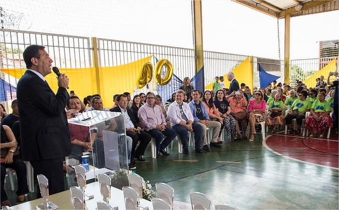 """Presidente do Sistema Fecomércio recebe troféu  """"Mérito em Solidariedade"""""""