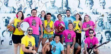 Liniker e os Caramelows se apresentam em Fortaleza no segundo dia do Bloco Sesc Folia