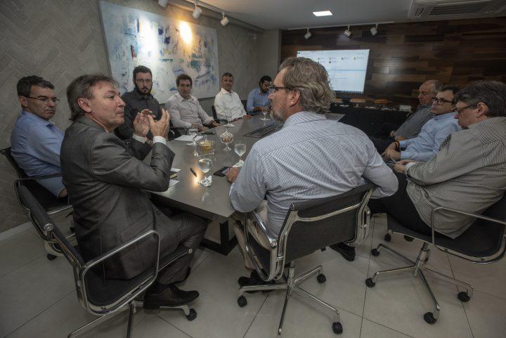 Maurício Filizola debate agenda do setor do comércio  com o deputado federal Alexis Fonteyne