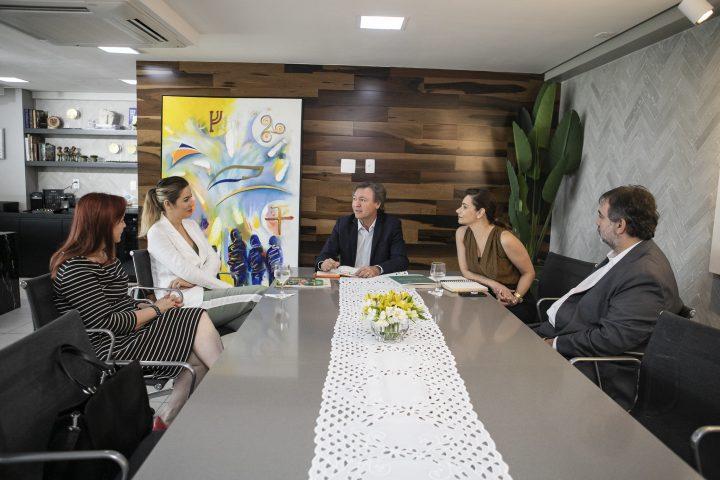 Maurício Filizola recebe Onélia Santana e debatem novas parcerias